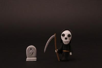 墓とオバケ