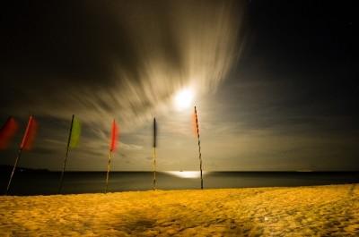 浜辺のフラッグ